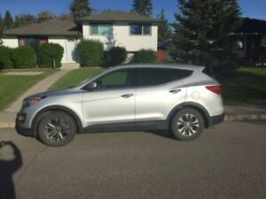 2014 Hyundai Santa Fe SUV, low kms, one owner, warranty too!