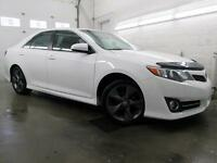2012 Toyota Camry SE NAVIGATION CUIR TOIT MAGS 94,000KM BLANC