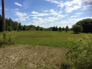 2 Acres close to Falcon Lake!