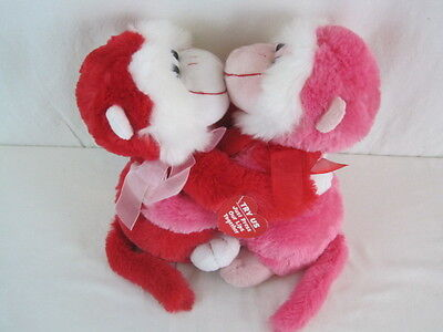 Valentines Day Two Kissing Monkies Makes Noise When Lips Touch  Oar66 1058