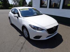 2014 Mazda Mazda3 GS-SKY only $125 bi-weekly all in!