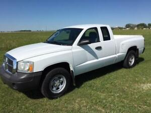 2007 Dodge Dakota ST Quad Cab 4x4, V6