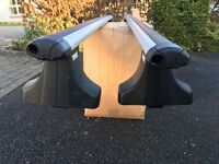 Thule 869 aero roof bars with 750 (now 754) foot pack