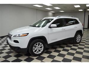 2015 Jeep Cherokee North 4X4 - U-Connect**LOW KMS**Keyless Entry