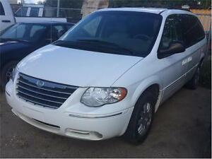 2006 CHRYSLER TOWN &COUNTRY CARAVAN WITH LOADED LEATHER!!
