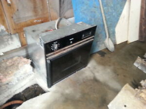 Fridgidaire Electric Wall Oven