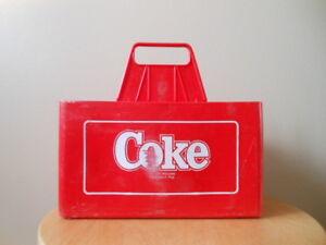 2 Caisses de COKE en plastic pour bouteilles de 750 ml