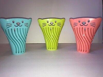 - Cat Litter Scooper / Shovel Blue, Pink, Yellow/LightGreen Set of Two
