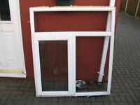 KITCHEN GARAGE HOUSE WINDOW WITH ALL GLASS UNITS & BEADS IN GOOD CONDITION £30ono