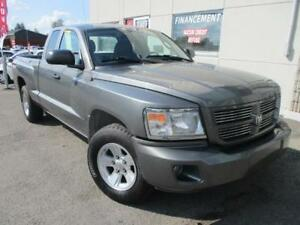 2008 Dodge Dakota SXT/4x4/MAGS/IMPECCABLE