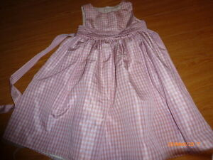 Robe soyeuse taille 5 ans