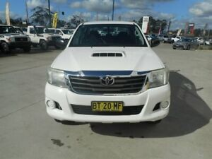 2013 Toyota Hilux KUN26R MY14 SR (4x4) White 5 Speed Manual Dual Cab Chassis Singleton Heights Singleton Area Preview