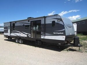 2017 Springdale by Keystone- SG38 foot with Arctic Pkg $24,900