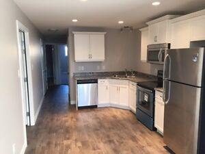 Great location 2 bed 2 bath (available now - June 1st)