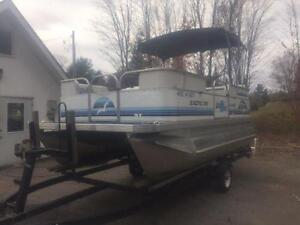 ***NEW ARRIVAL*** 2006 18' SUN PARTY 18' PONTOON WITH 4 STROKE Peterborough Peterborough Area image 3