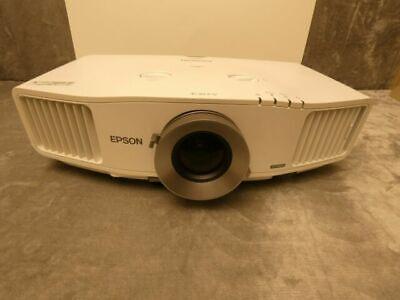 Epson PowerLite Pro G5650W Tri-LCD Projector