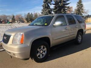 2008 GMC Yukon SLT 4X4 - DVD - HEATED LEATHER - 8 PASSENGER