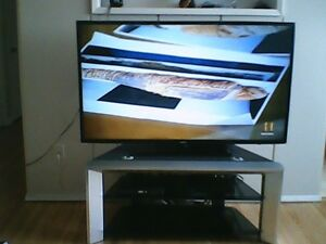 2 yr old barely used 55 inch