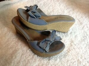 Size 8 womens shoes Kingston Kingston Area image 4