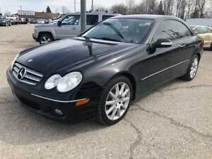 2007 Mercedes-Benz CLK-Class **One Owner LOW K