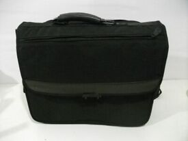 Laptop Bag . Umates Protector 15X . Suitable for 16 inches screen