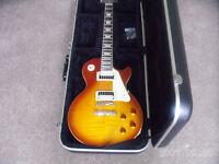 Gibson Epiphone Les Paul Plus Hard Case EXCELLENT CONDITION