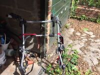 Halfords Car Bike carrier to hold 3 bikes