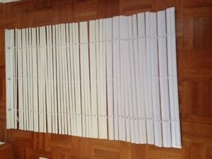 4 sets of white blinds for $5.