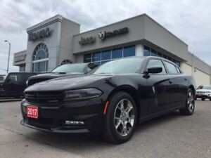 2017 Dodge Charger SXT | AWD | Sunroof