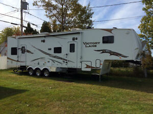 2008 Fifth Wheel Victory Lane 36 SRV Toy Hauler 24995 REDUIT