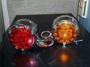 Lumière à deux faces DEL, rouge et ambre