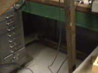engineers workbench/surface table