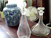 Set of decanters