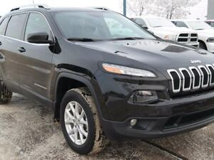 2015 Jeep Cherokee NORTH**BACK UP CAM**PANORAMIC ROOF**4X4**PW S