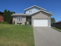 GREAT FAMILY HOME ON A QUIET NEW SUDBURY COURT!!!