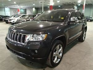 2011 Jeep Grand Cherokee OVERLAND 4X4 V8 HEMI ***(SUPER MINT!!!)