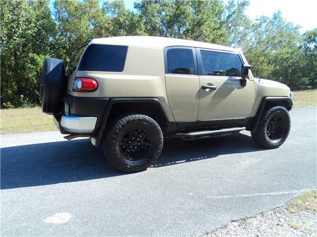 Image 4 Voiture American used Toyota FJ Cruiser 2013