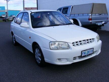 2000 Hyundai Accent LC GLS White 5 Speed Manual Sedan Devonport Devonport Area Preview