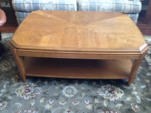 DISCOUNTED Large Coffee, End Table & Sofa Table Set For Sale