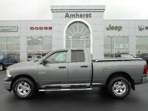 2013 Ram 1500 ST 4.7L V8 4x4 LOCAL TRADE/1 OWNER