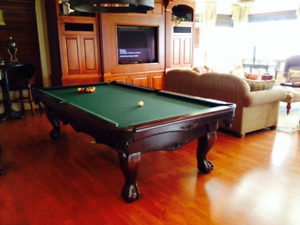 Pool table moving,installation or refelting in southeastern NB