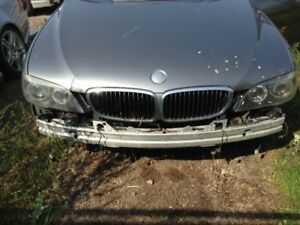 2006 BMW 750i - damaged