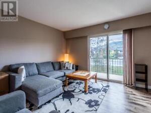 Beautiful 3 Bed / 2 Bath Townhome For Rent Starting November