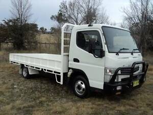 FUSO CANTER 515 TRAY LOW 174000KMS Armidale City Preview