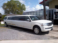 Divine Limo - Wedding Services