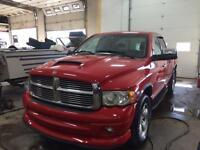 2004 DODGE RAM 1500 QUAD CAB 4X4 5.7L HEMI LOW KMS