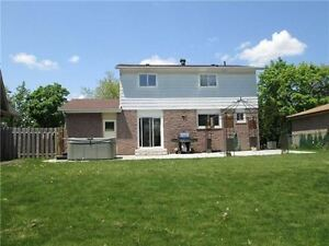 For Sale: 2 Storey 4 Bdrm Detached Home in Bronte West