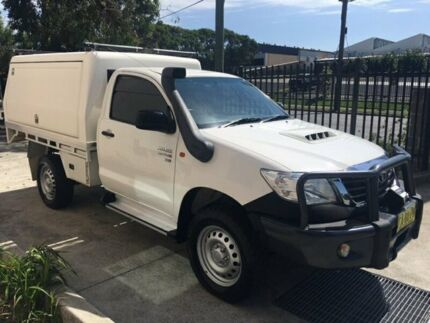 Toyota Hilux 2014 SR 4x4 Diesel with Service body or camper setup. Seven Hills Blacktown Area Preview