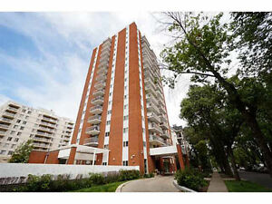 Oliver Highrise 11th Floor Amazing View includes All Utilities
