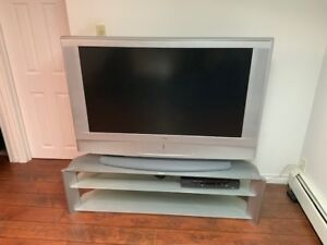 Sony Bravo 50 inches TV and Stand (Aluminum and glass)